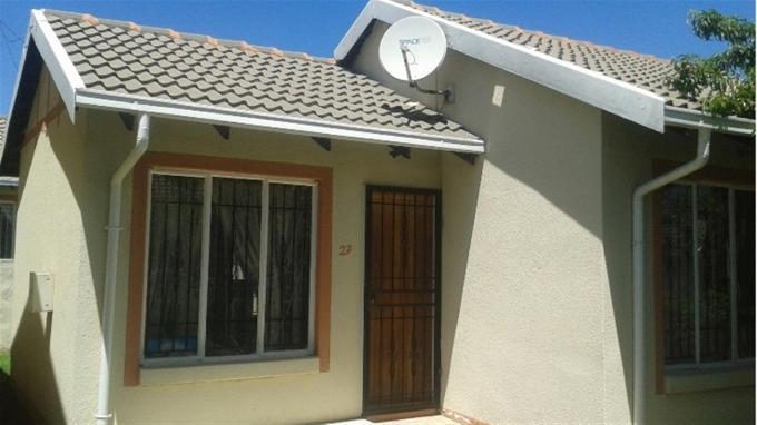 2 Bedroom Cluster For Sale in Ormonde - Home Sell - MR129439