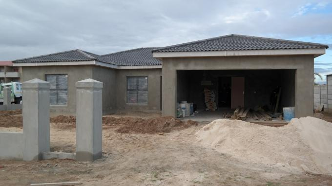 4 Bedroom House for Sale For Sale in Durbanville   - Home Sell - MR129466