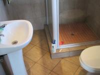 Main Bathroom - 3 square meters of property in Randfontein