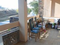 Patio - 21 square meters of property in Bedfordview