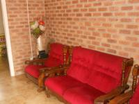 Lounges - 47 square meters of property in Silverglen