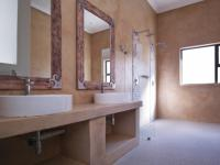 Main Bathroom - 11 square meters of property in Silverwoods Country Estate