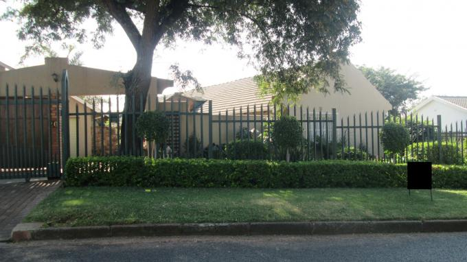 Standard Bank EasySell 3 Bedroom House For Sale in Southcrest - MR129649