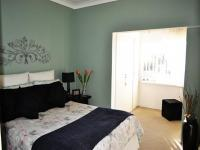 Main Bedroom of property in Southcrest