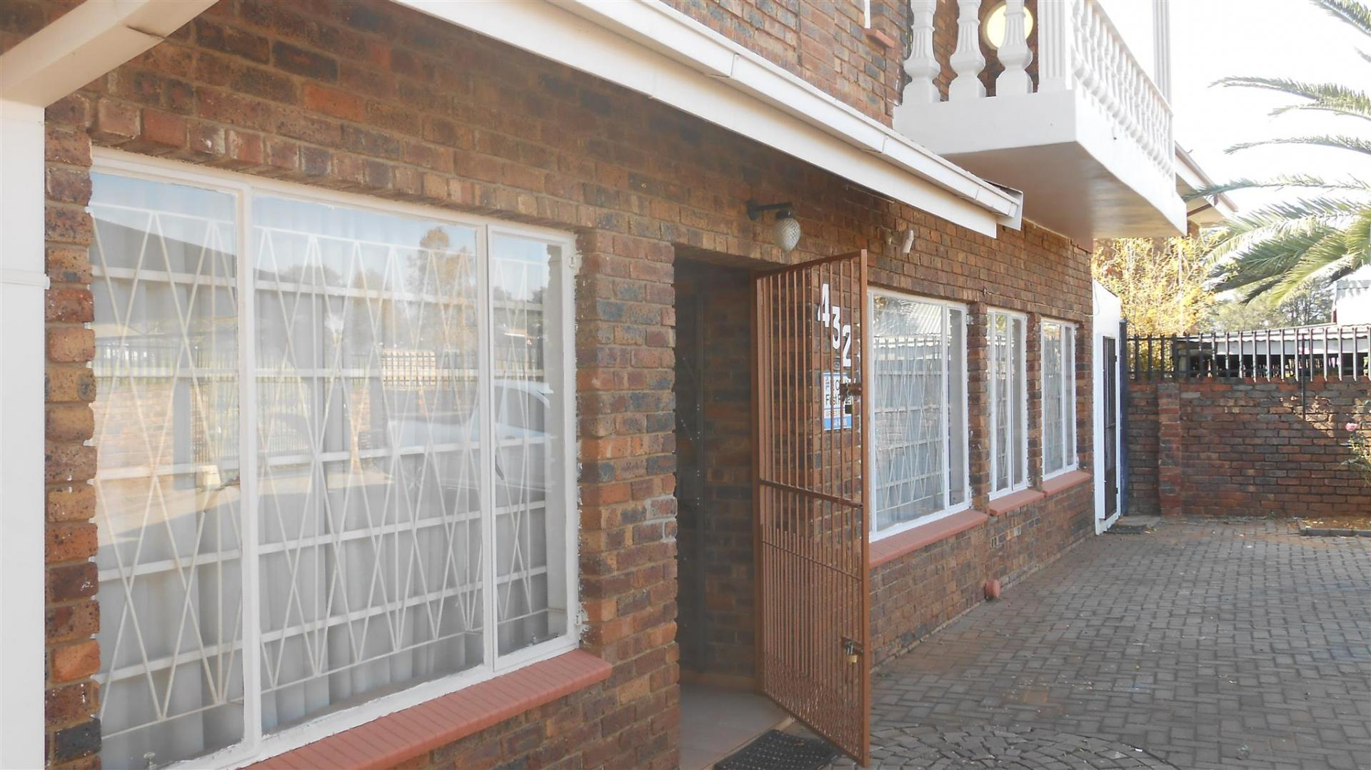 Front View of property in Laudium