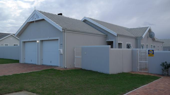 3 Bedroom House for Sale For Sale in Durbanville   - Private Sale - MR129720