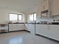 Kitchen - 23 square meters of property in Moreletapark