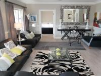 Lounges - 40 square meters of property in Hout Bay