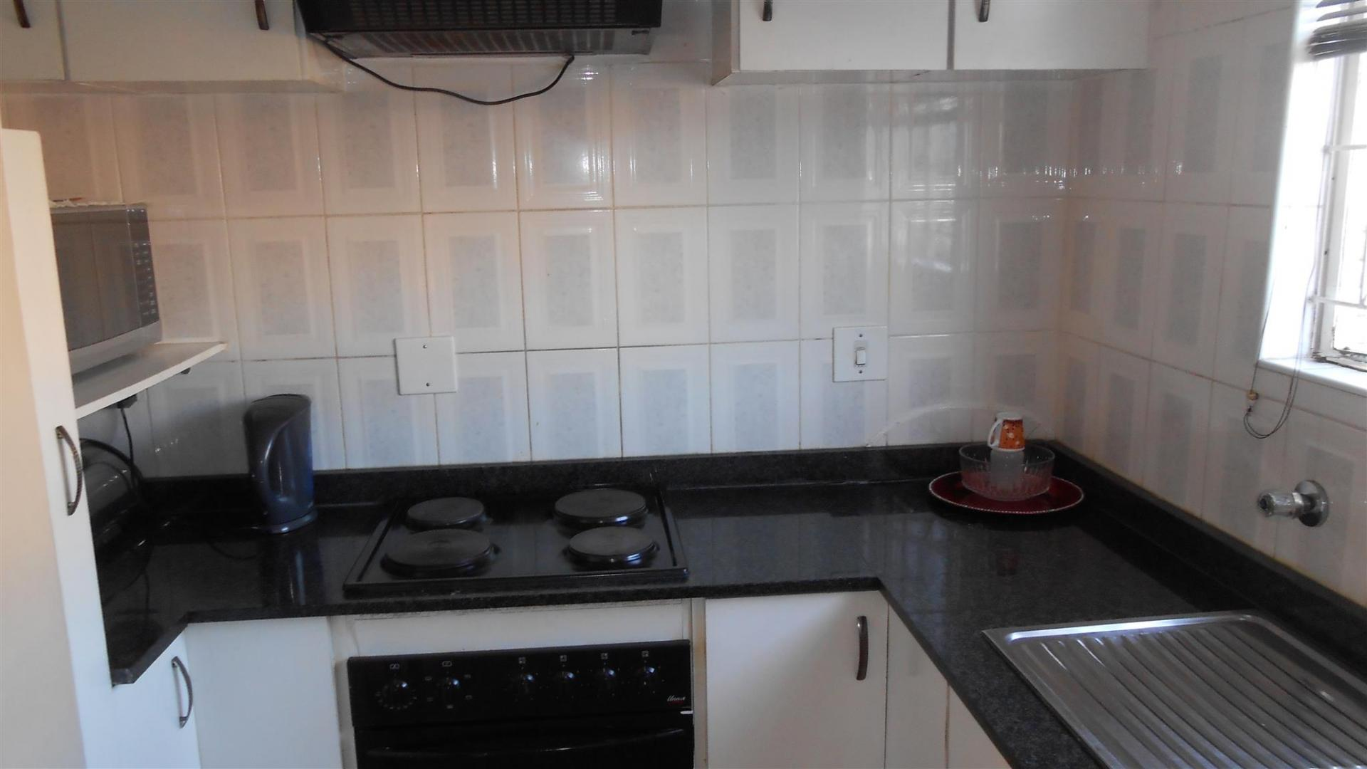 Kitchen - 7 square meters of property in Benoni