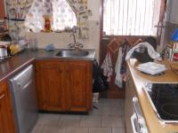 Kitchen - 9 square meters of property in Amanzimtoti