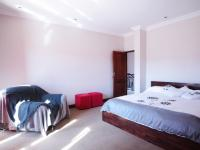 Main Bedroom - 38 square meters of property in Cormallen Hill Estate