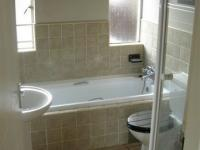 Main Bathroom - 9 square meters of property in Castleview