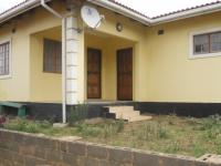 3 Bedroom 1 Bathroom in Lovu