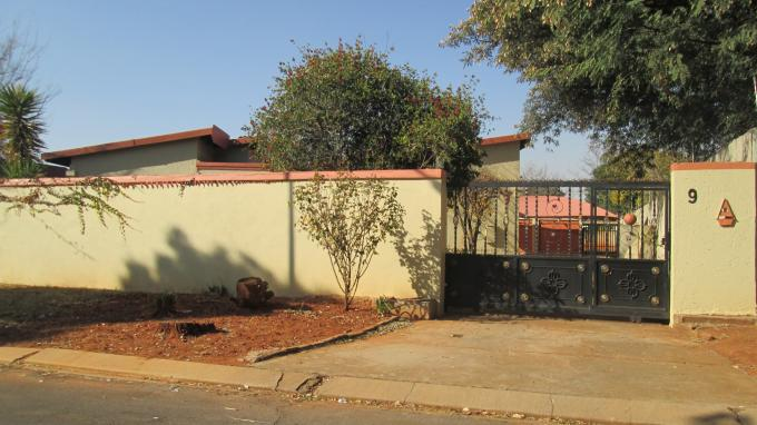 Standard Bank EasySell 4 Bedroom House for Sale For Sale in Westonaria - MR129972
