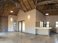 Lounges - 29 square meters of property in Hoedspruit