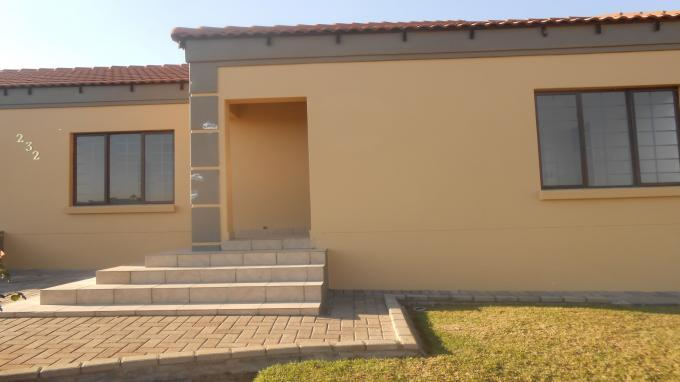 3 Bedroom House For Sale in Emalahleni (Witbank)  - Home Sell - MR130075