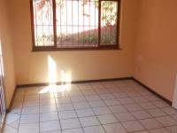 Dining Room - 11 square meters of property in Uvongo