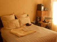 Bed Room 1 - 21 square meters of property in Pretoria North