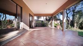 Patio - 43 square meters of property in Silver Lakes Golf Estate