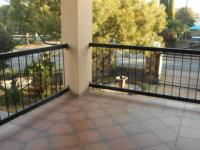 Patio - 12 square meters of property in Van Riebeeckpark