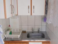 Kitchen - 13 square meters of property in Queensburgh