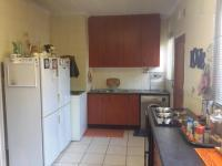 Kitchen of property in Helikon Park