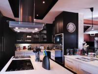 Kitchen - 19 square meters of property in Silver Lakes Golf Estate