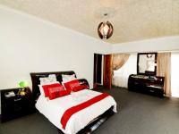 Main Bedroom - 47 square meters of property in Country View
