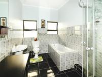Bathroom 3+ - 31 square meters of property in Country View