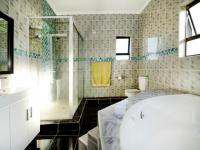 Main Bathroom - 13 square meters of property in Country View