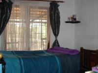 Main Bedroom of property in Pinetown