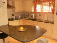 Kitchen - 20 square meters of property in Birdswood