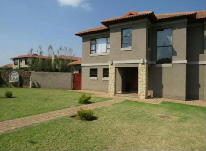 3 Bedroom House For Sale in Hartbeespoort - Home Sell - MR130419