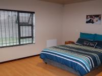 Main Bedroom - 23 square meters of property in Brackenfell