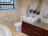 Main Bathroom - 9 square meters of property in Brackenfell