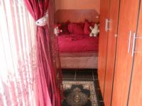 Main Bedroom - 16 square meters of property in Caneside