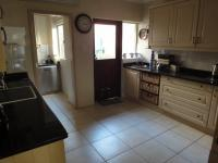 Kitchen - 19 square meters of property in Umhlanga Rocks