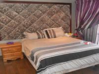 Bed Room 1 - 11 square meters of property in Country View