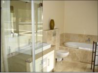 Bathroom 1 - 6 square meters of property in Onrus Rivier (Onrus)