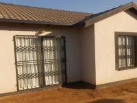 3 Bedroom 1 Bathroom in Elandspoort