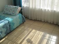 Bed Room 2 - 12 square meters of property in Meredale