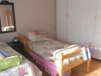 Bed Room 1 - 33 square meters of property in Musgrave