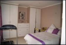 Main Bedroom - 30 square meters of property in Musgrave