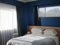 Bed Room 3 - 25 square meters of property in Brackendowns