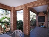 Patio - 38 square meters of property in Woodhill Golf Estate