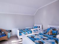 Bed Room 1 - 16 square meters of property in Woodlands Lifestyle Estate