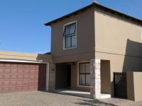 3 Bedroom 2 Bathroom in Parklands
