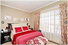 Bed Room 1 - 18 square meters of property in Olivedale