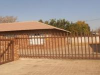 3 Bedroom 2 Bathroom Duet for Sale for sale in Middelburg - MP