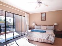 Main Bedroom - 34 square meters of property in Silver Lakes Golf Estate